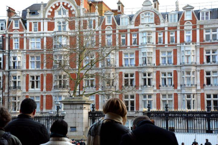 leaving-the-british-museum-london